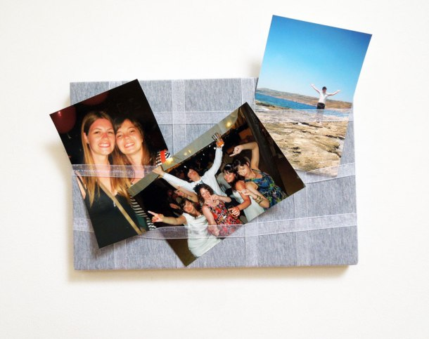 Photo display board with ribbon